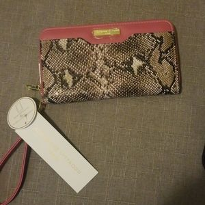 💝💝NEW Large Leopard and Pink Wallet Wristlet